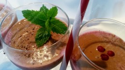 Refreshing chocolate berry smoothies from Life Diet Health