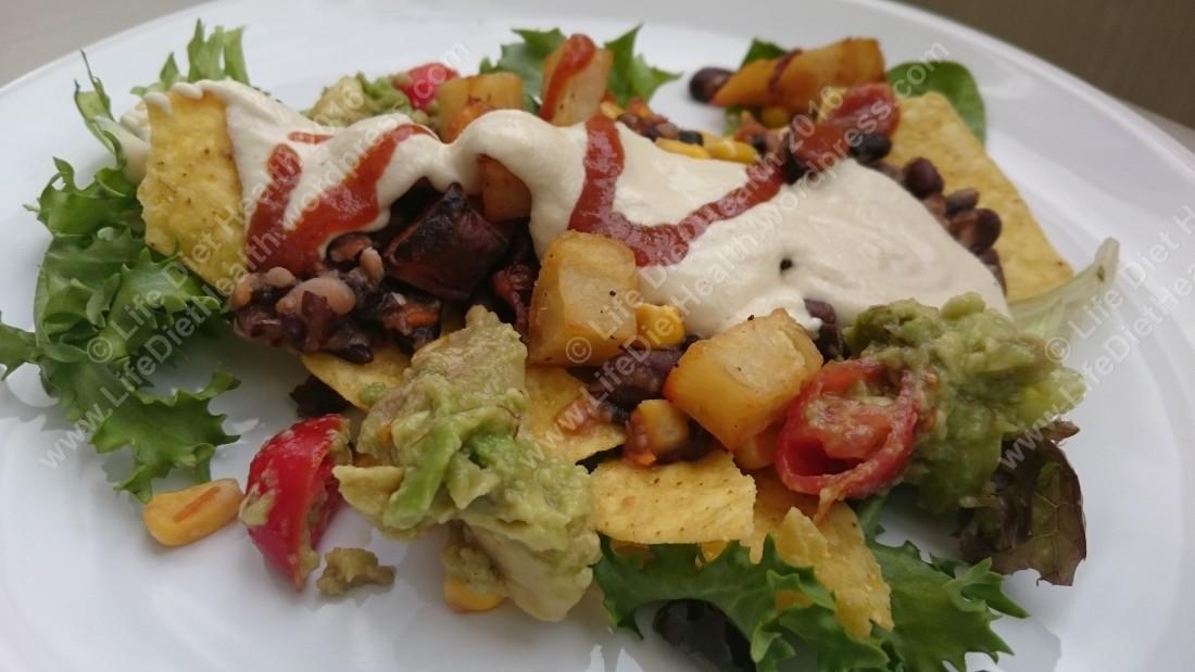 Nachos beans and guacamole WM