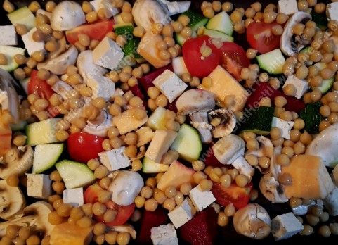 Chickpeas and vegetables ready for roasting