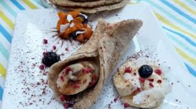 Pancakes, bananas, chocolate & seeds