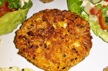 Crispy golden quinoa burger