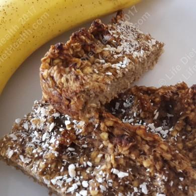 Breakfast bars & bananas, the perfect start!